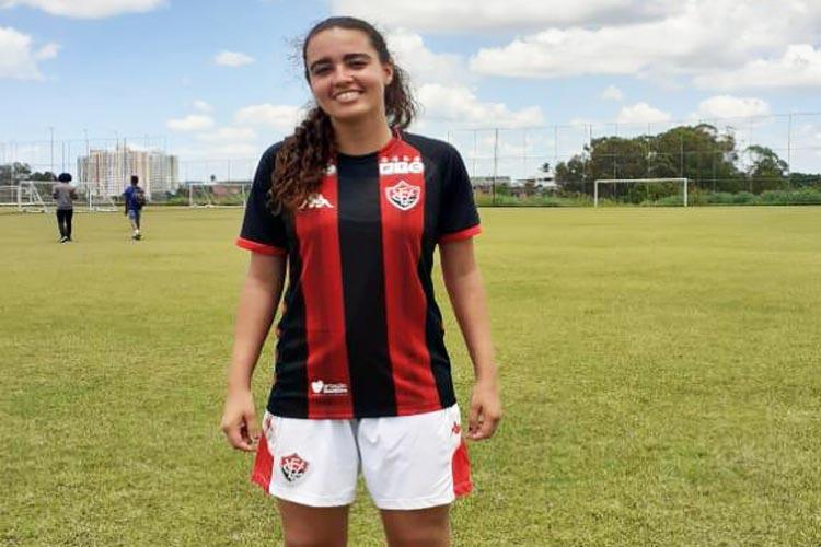 Jogadora caculeense é selecionada pelo Vitória para disputar o Campeonato Brasileiro Sub-16