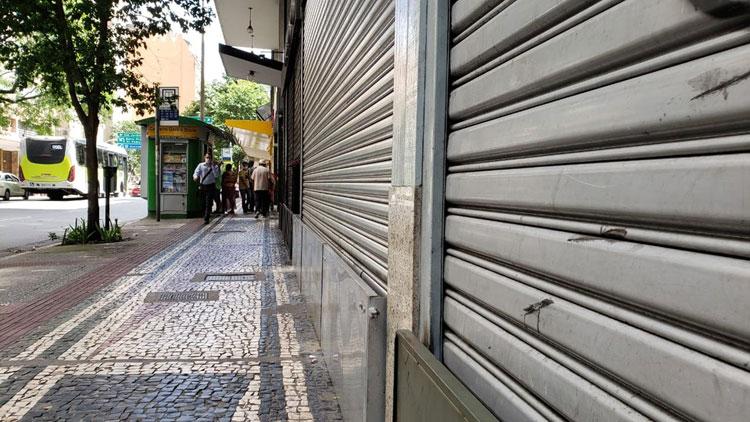 Brasil perdeu 75 mil lojas em 2020, diz Confederação do Comércio