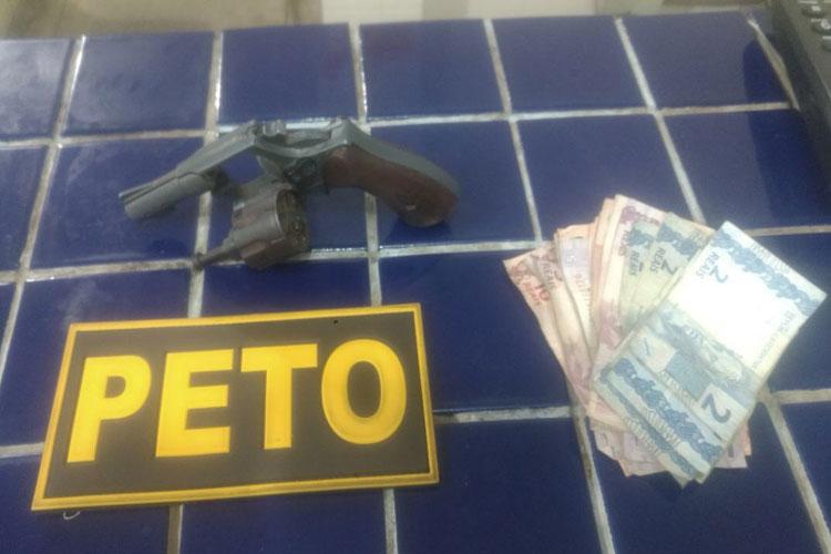 Menor é apreendido praticando assalto a posto de combustíveis em Brumado