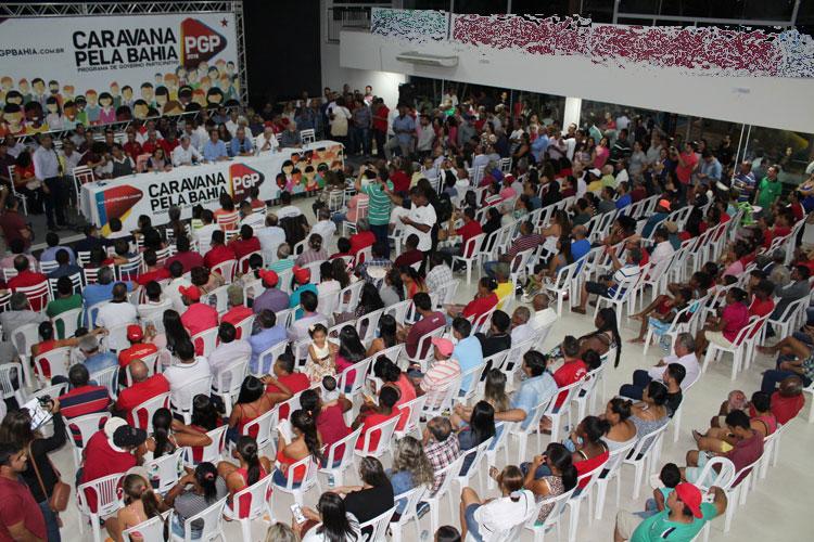 Rui Costa visita Brumado com a caravana do Programa de Governo Participativo