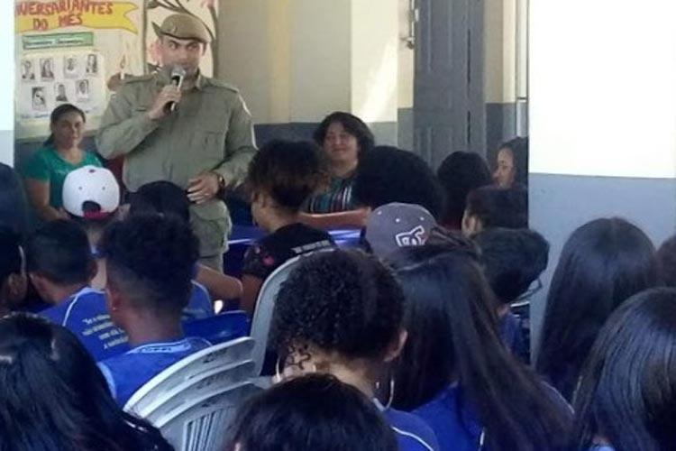 PM promove ciclo de palestras em escolas das redes municipal e estadual de Barra da Estiva