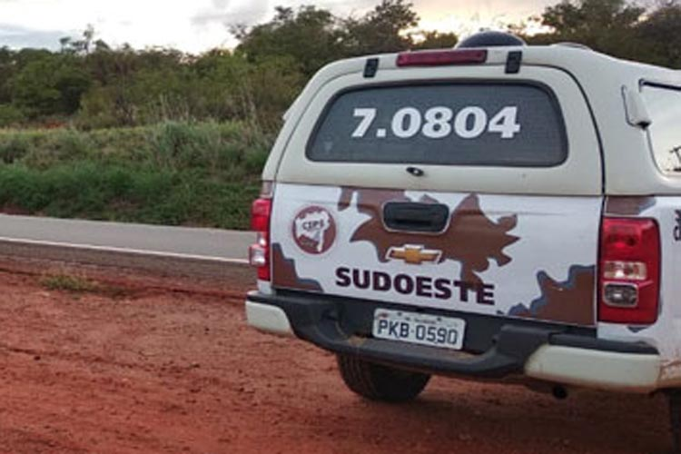 Carro de policial da Cipe Sudoeste é roubado em rodovia de Brumado