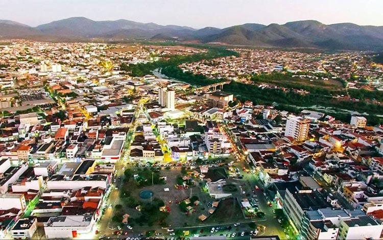 Com toque de recolher, prefeitura de Jequié flexibiliza comércio na cidade