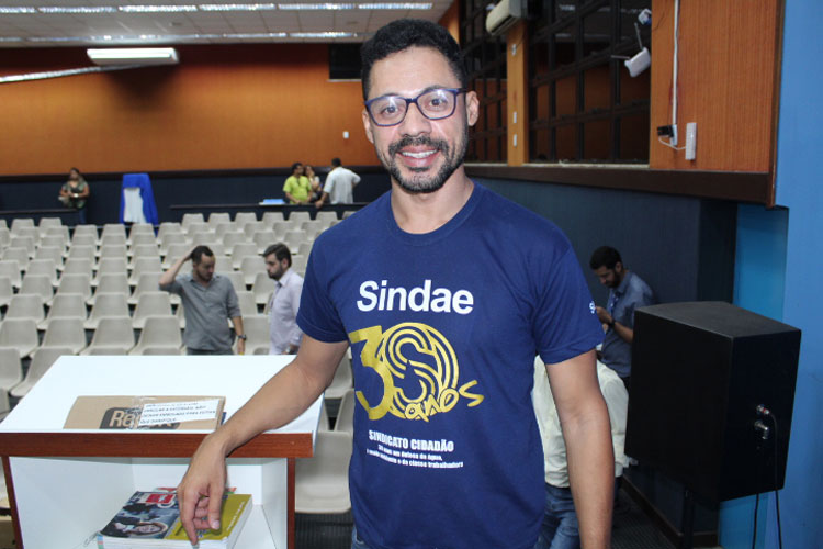 Brumado: Sindicalista alerta comunidade quanto aos riscos da privatização dos serviços de água e esgoto