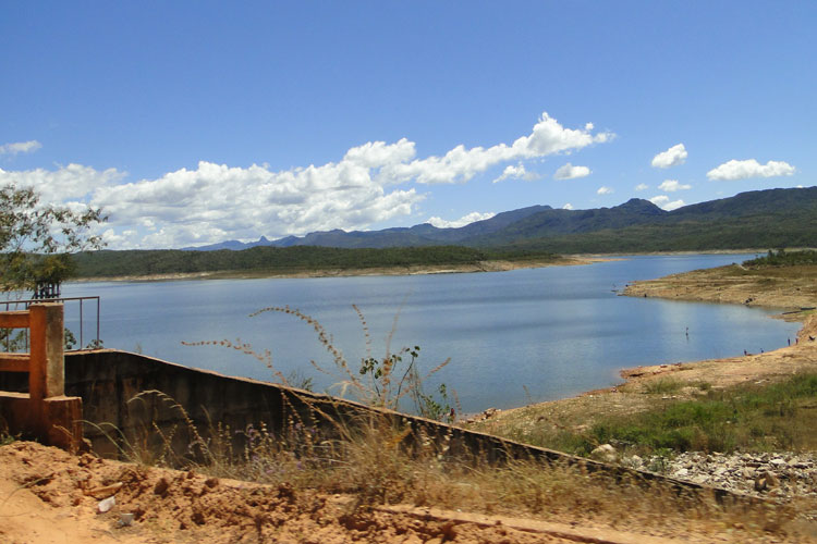 Barragens de Paramirim, Rio de Contas e Ibiassucê têm estruturas comprometidas