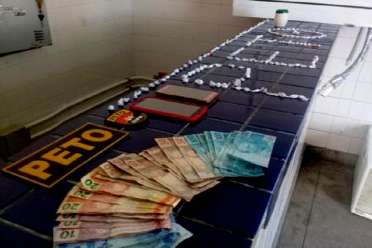 Motorista foge de abordagem policial e é detido com drogas em Brumado
