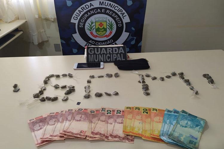 Paramirim: Homem é preso por tráfico de drogas, associação ao tráfico e corrupção de menores