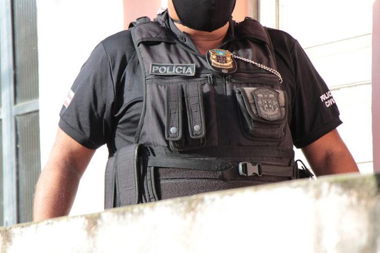 Homem é preso por suspeita de estuprar irmã de 4 anos no sul da Bahia