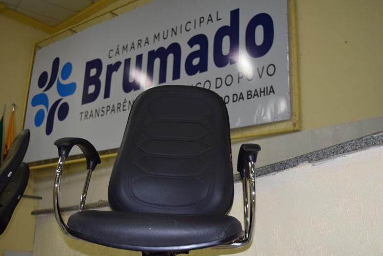 Câmara de Brumado convoca suplente de Zé Carlos de Jonas mesmo decretando luto oficial de 7 dias