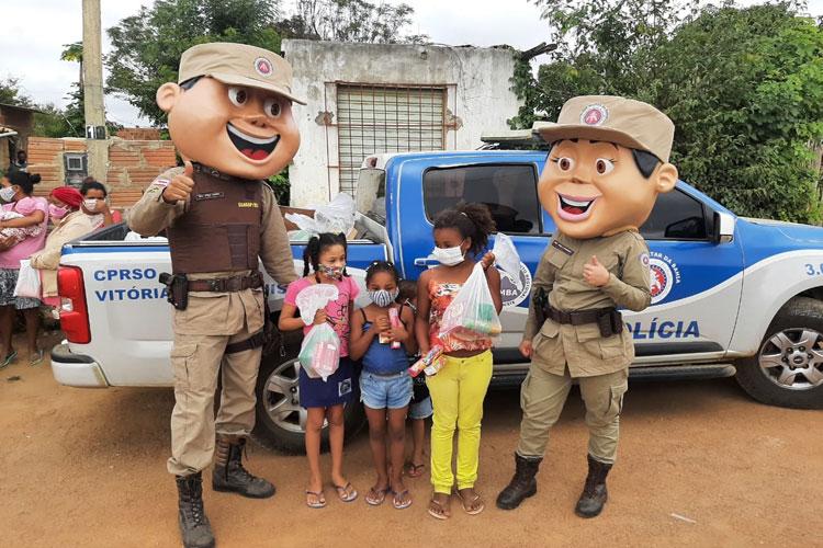 Famílias de Vitória da Conquista recebem donativos entregues pela polícia militar