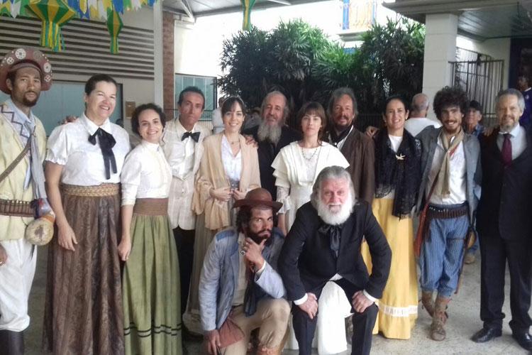 Artistas de Brumado reforçam o elenco figurante do filme Sertânia