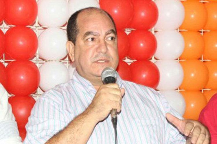 Eleições 2020: Inelegível, ex-prefeito de Ituaçu pretende lançar nome da esposa