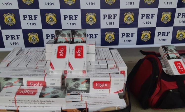 Barreiras: Homem é detido após ser flagrado em ônibus com 19 mil cigarros contrabandeados