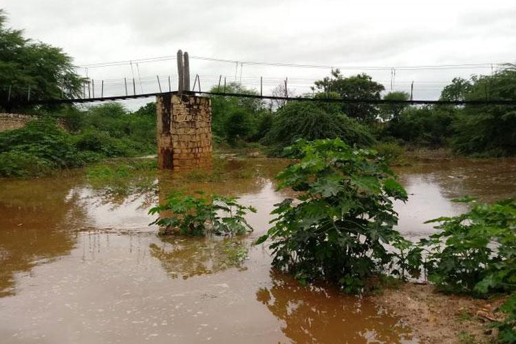 Rio Brumado recebe bom volume de água em Dom Basílio