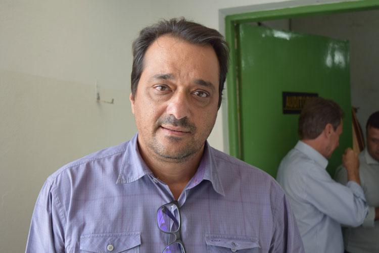 Macaúbas: TCM multa prefeito Amelinho em R$ 3 mil