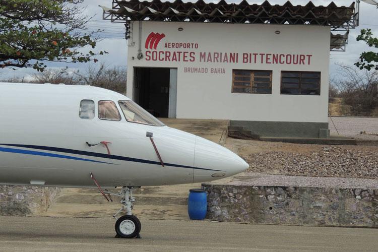 Brumado: Criança atingida por disparo acidental de arma de fogo é transferida em UTI aérea para Salvador
