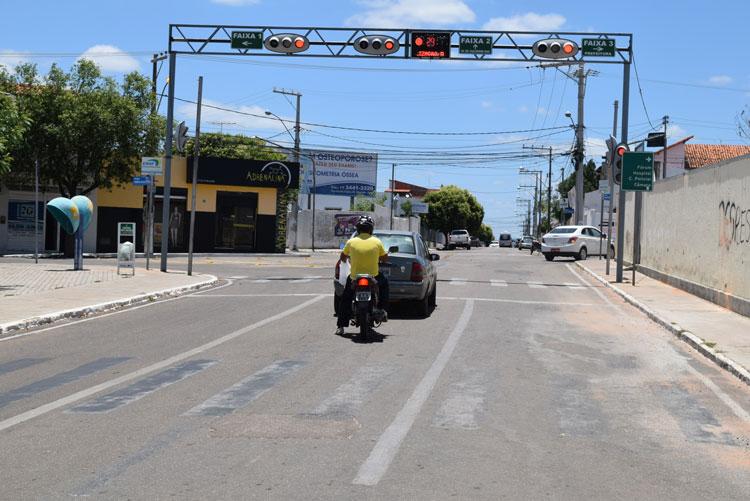 Brumado: Praça Senhor do Bonfim recebe portal de sinalização semafórica