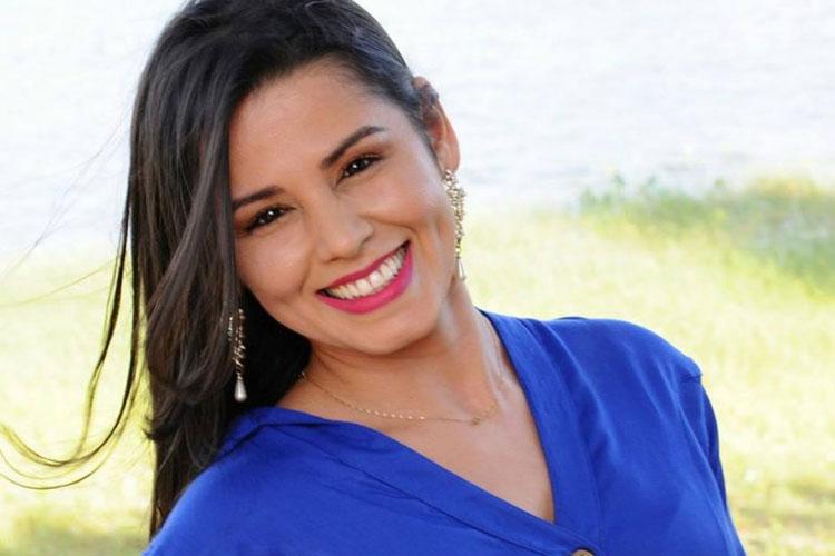 Servidora da Câmara de Paramirim sofre grave acidente de moto em Macaúbas