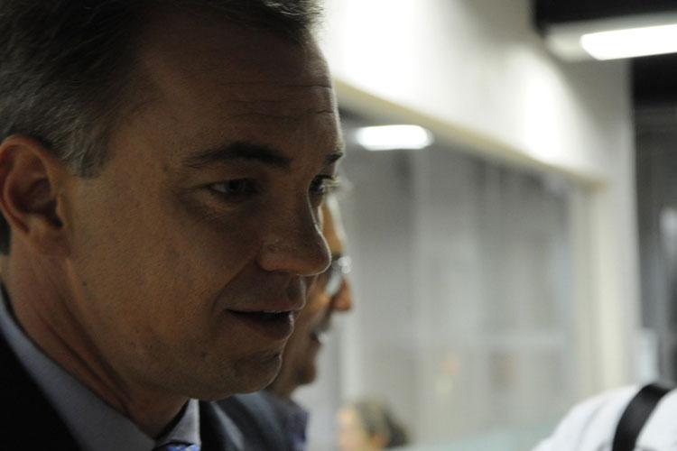 Operação da PF prende prefeito de Florianópolis