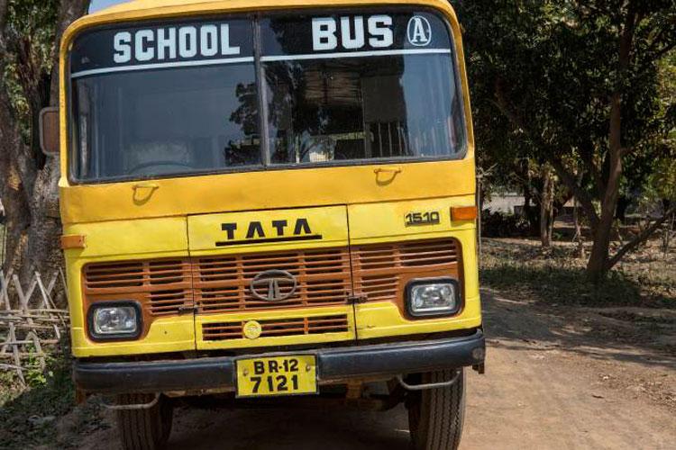 Menina de 3 anos morre após ser esquecida em ônibus escolar