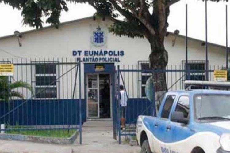 Após crise de ciúmes, homem agride namorada com socos no sul da Bahia