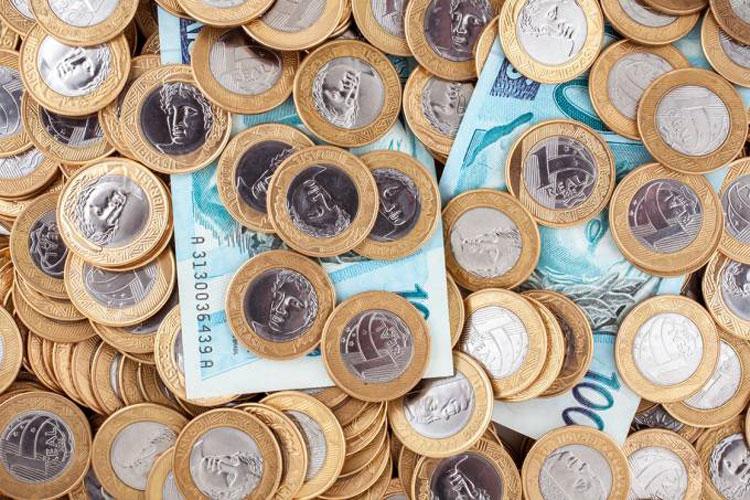 Mercado projeta taxa básica de juros a 4,50% ao ano