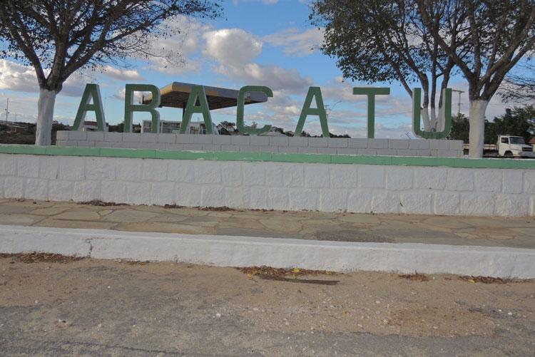 Há 11 dias sem água, população cobra da Embasa solução para o abastecimento em Aracatu