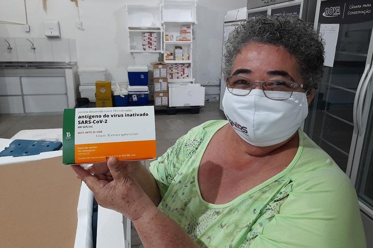 Cientistas se mobilizam para incentivar vacinação contra Covid-19