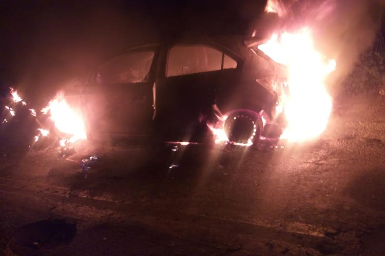 Tanhaçu: Motociclista morre após colisão com veículo que pega fogo na BA-026