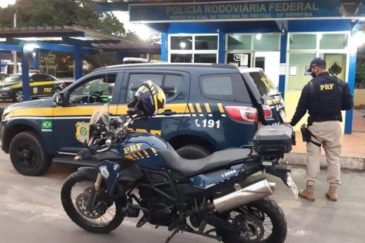 BR-101: Foragidos com mandado em aberto por tráfico de drogas são presos após abordagem