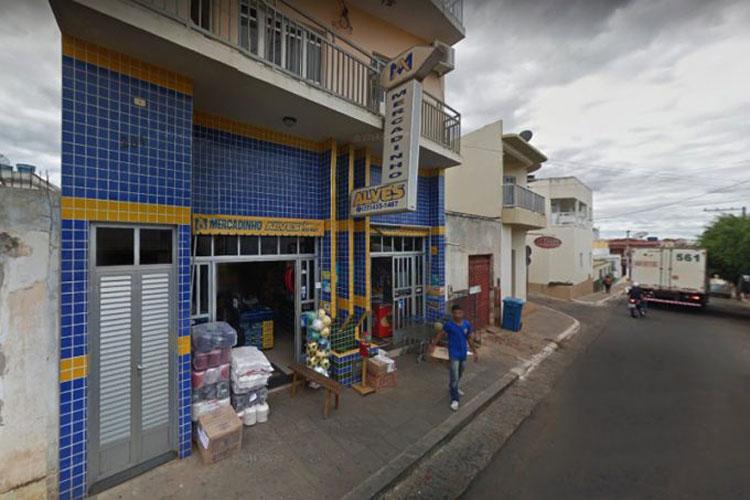 Caculé: Comerciante reage a tentativa de assalto e impede a ação dos bandidos