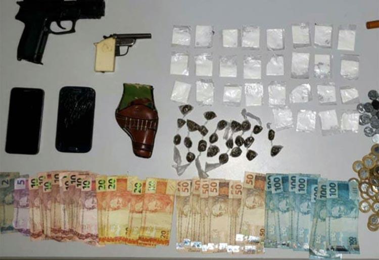 Homem é preso por tráfico de drogas e porte ilegal de arma em Piripá