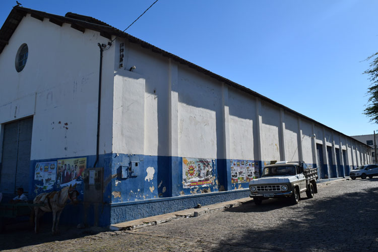 Prefeito de Brumado tenta barganhar prédio da extinta Cesta do Povo com o Estado