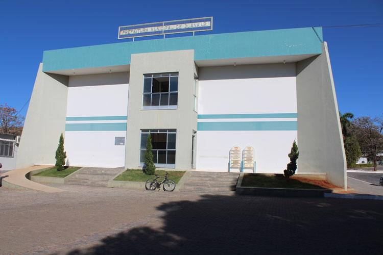 MP e MPF recomendam rescisão de contrato com escritório de advocacia em Guanambi