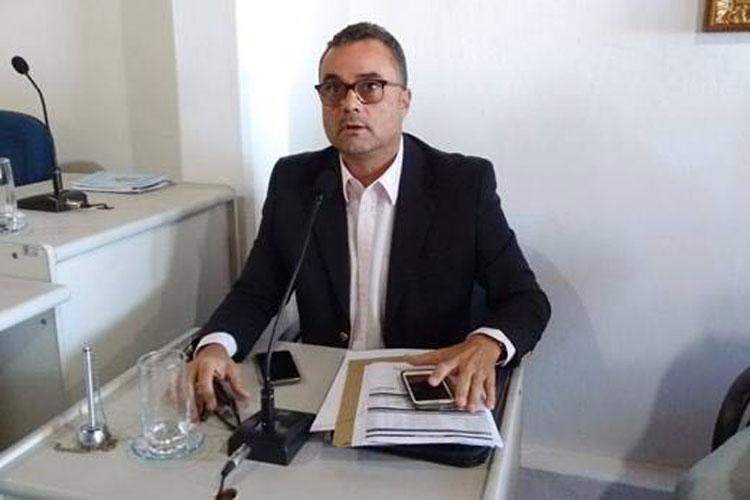 Vereador apresenta projeto que visa por fim ao recesso legislativo de meio de ano em Rio de Contas