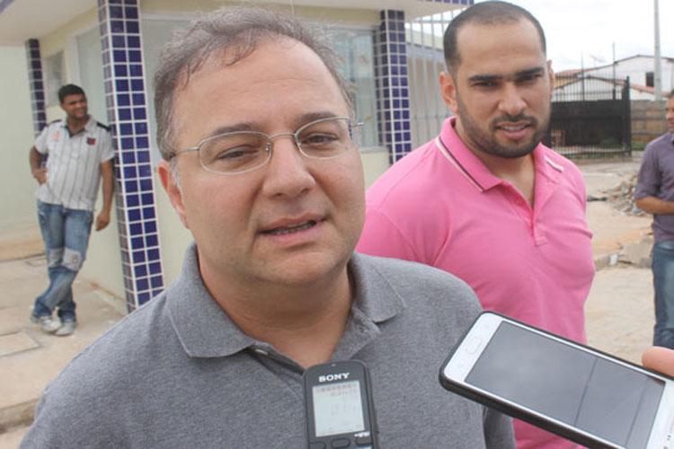 Secretário de Saúde da Bahia pede exoneração após chamar empresária de 'vagabunda'