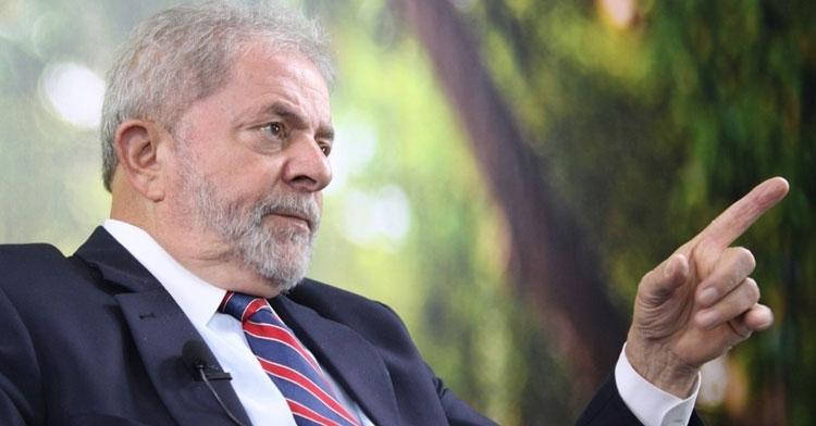 Decisão unânime do STJ reduz pena de Lula no caso triplex