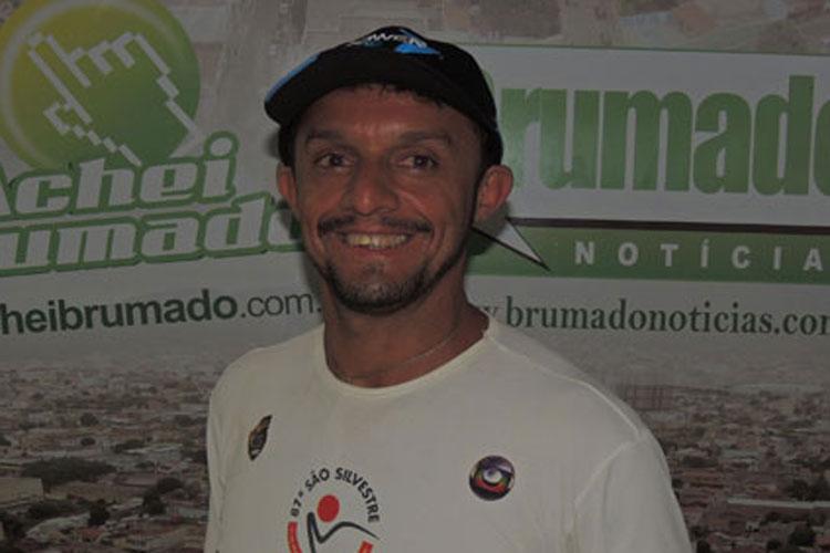 Sérgio Pinheiro, o gladiador das montanhas, vence mais uma em Mucugê e eleva Brumado ao topo do pódio
