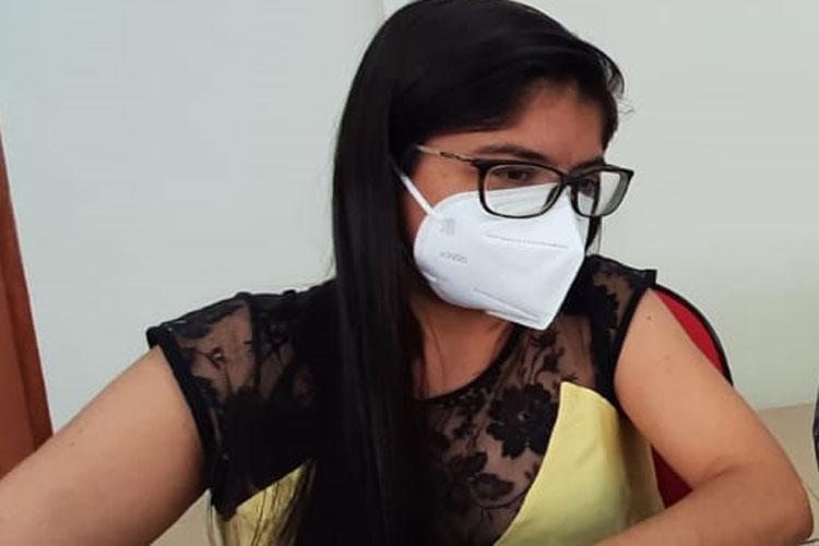 Secretária de Saúde de Caetité é acusada de furar a fila da vacinação da Covid-19