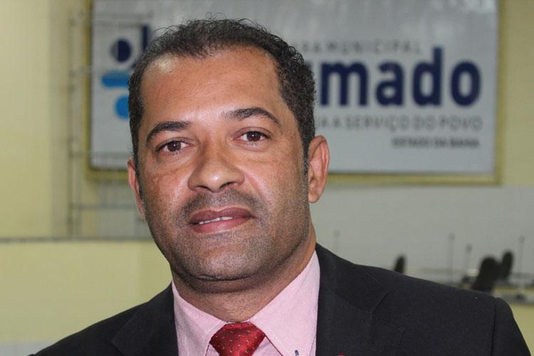 Brumado: José Ribeiro diz que projetos para aumento dos impostos é presente de Natal do prefeito