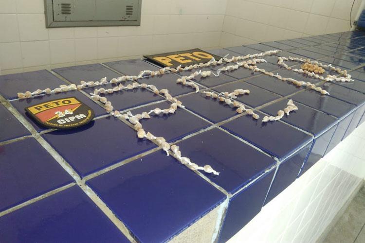 Polícia encontra grande quantidade de pedras de crack no Bairro Mercado em Brumado