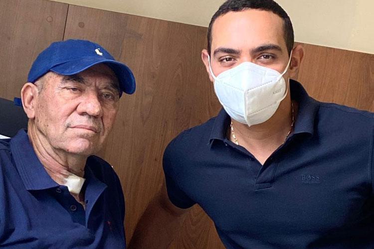 Brumado: Médico Marlúcio Abreu recebe alta hospitalar após 42 dias lutando contra a Covid-19