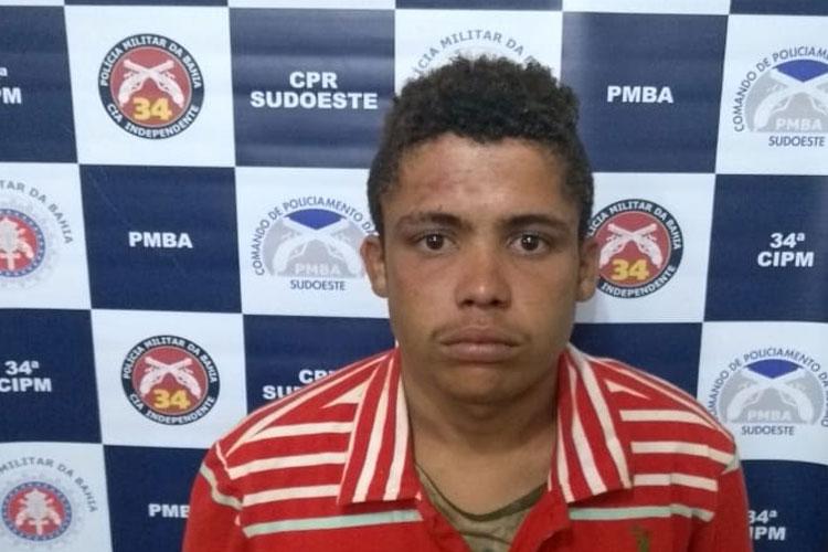 Polícia detém indivíduo que havia praticado assalto na Rua Marechal Deodoro em Brumado