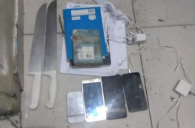 Polícia descobre escavação que ligava celas em penitenciária de Salvador