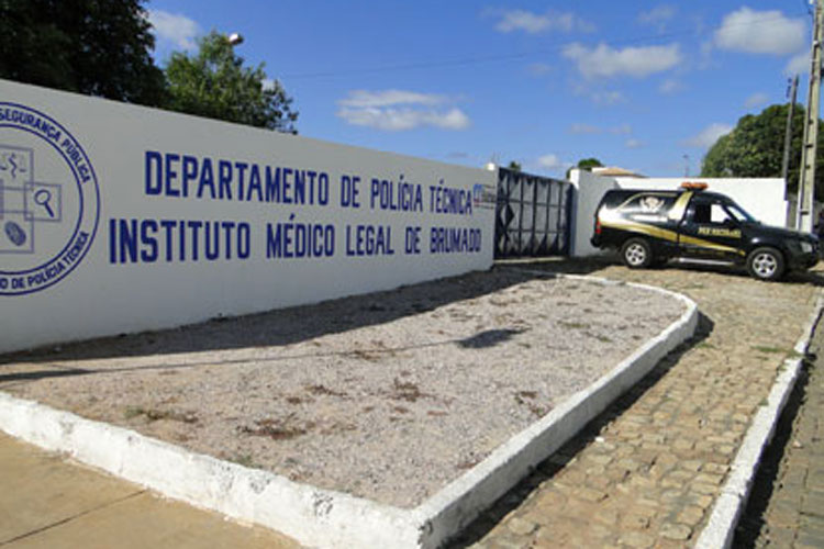 Corpo é encontrado morto em galpão de empresa coletora de lixo em Brumado