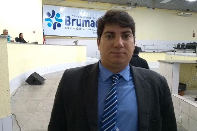 Advogado é nomeado e empossado como novo secretário geral da Câmara de Vereadores de Brumado