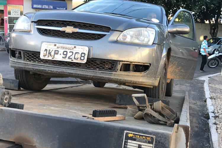 Operação Paz no Trânsito: Veículo da prefeitura de Dom Basílio é pego durante blitz em Brumado