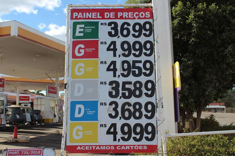 Gasolina é reajustada a R$ 4,959 em Brumado