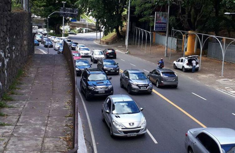 Donos de veículos com placa de final 1 têm até dia 28 para pagar a cota única