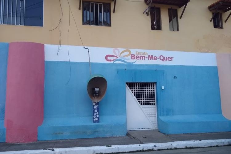 Barra do Choça: Escola encerra atividades sem avisar pais e funcionários